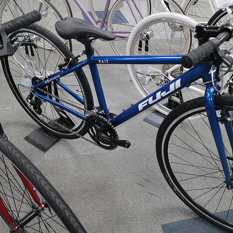 FUJIフジ2020年RAIZライズ通勤通学クロスバイク