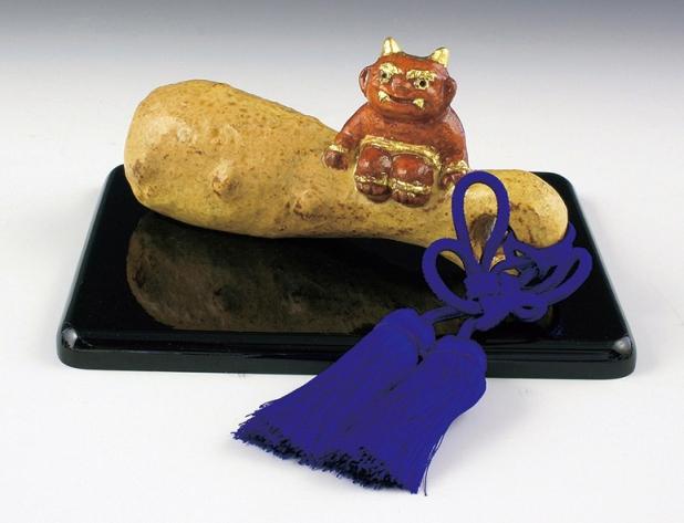 京焼・清水焼 六兵衛窯 小鬼に金棒 置物(塗台付)
