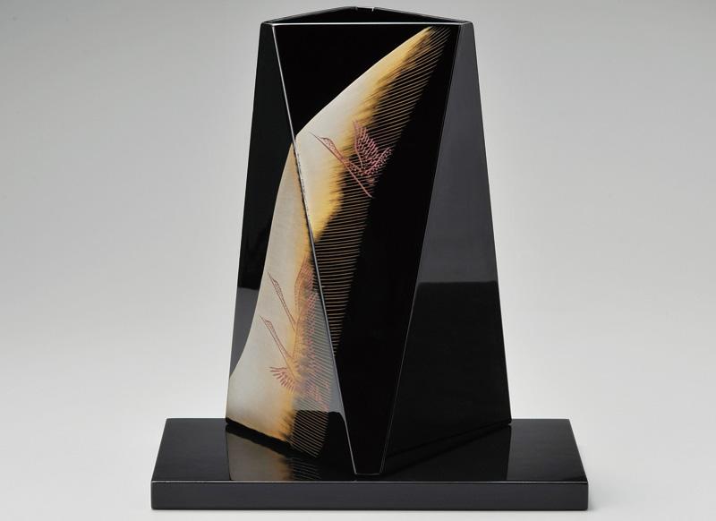 越前塗 鶴 花器 黒 1本(ガラス製落とし・敷き板付き)