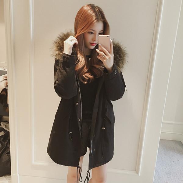 冬の新しい大きな髪の襟フード付きロングブラックコットンの女性緩い綿のジャケット