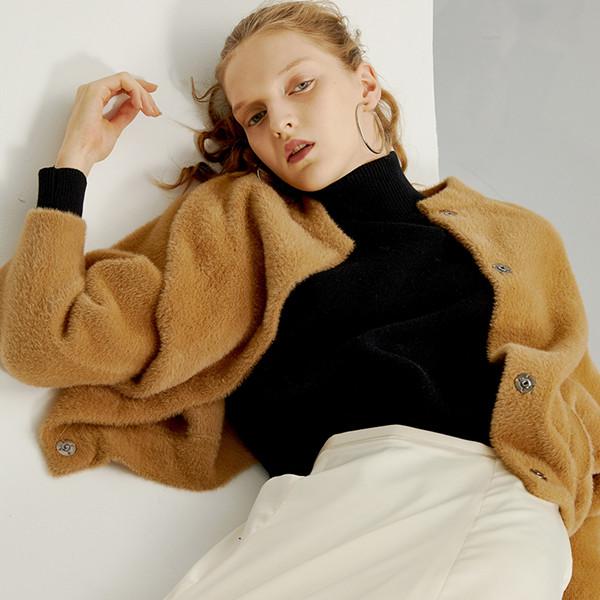 2017秋と冬の新しい模造ミンクカシミア短い段落小さなジャケット女性ラウンドネックルーズ長袖の編みカーディガンの外側