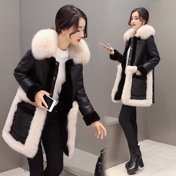 羊のラムコートコートのワンコートの長いセクションで冬の新しい女性の毛皮の毛皮の毛皮