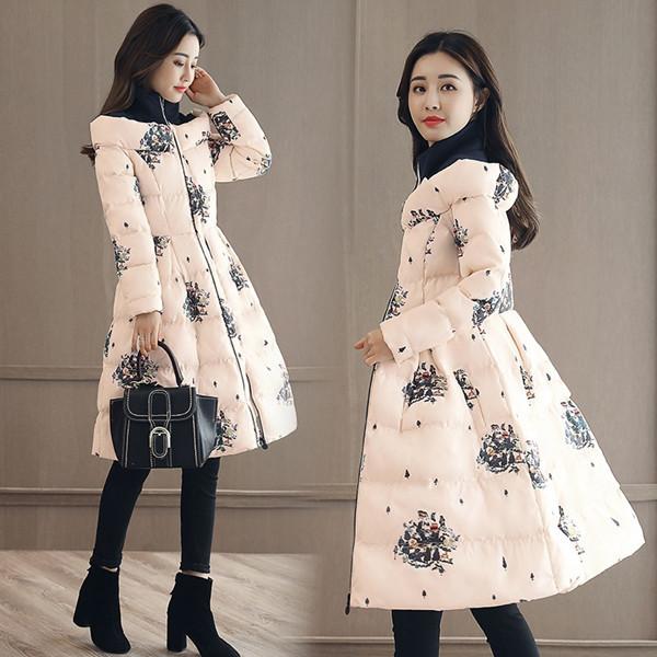 2017冬の印刷綿スーツスリップダウンファッションの印刷綿の女性の長いセクションの韓国語版膝高潮ジャケット