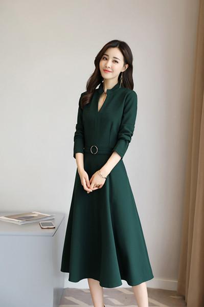 秋と冬の新しいセクション2017秋の長いセクションで長袖のドレスは、薄いドレススカート小さな黒いドレスのドレスだった