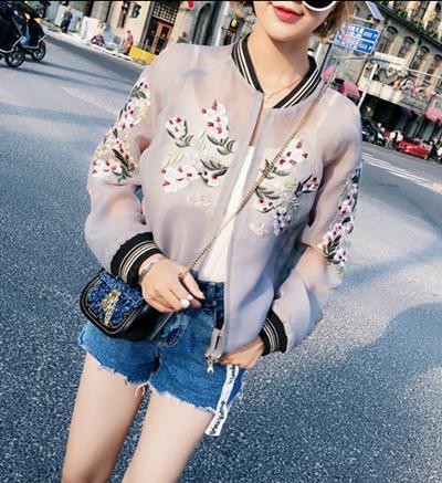 春と夏のジャケットの新しいト日焼け止め服