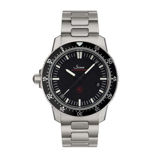 国内正規品【24回払いまで無金利】  Sinn ジン Instrument Watches メンズ腕時計 あす楽 送料無料 703.EZM3.F 【新品】
