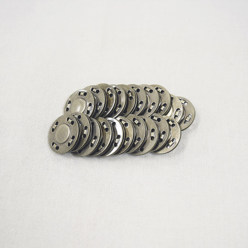 Thin Magnetic Sew-on Button (10 units)
