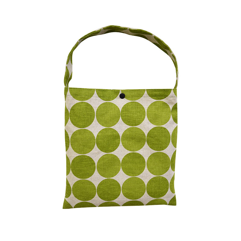 Applied Work of Yoko Saito's Monthly Quilt (June 2017), Flat Bag (without recipes and patterns)