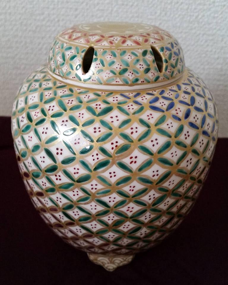 香炉  七宝 贅沢で優美 ほっと安らぐ一時に 清水焼 ギフト 贈り物 お祝い 新築祝い 記念品 の贈答に 京焼 清水焼 日本 伝統