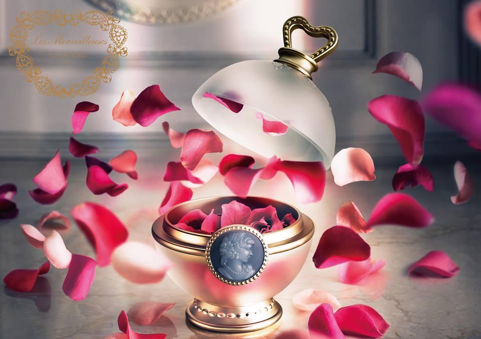 LADUREE  ギフト プレゼントに 祝い ラデュレ   レ・メルヴェイユーズ  チーク  フェイスカラーローズ セット サンプル付き  ギフト お中元 バースデイ クリスマス バレンタイン ホワイトデー 母の日