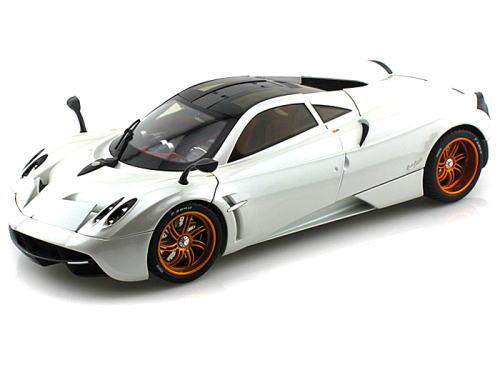 1/18 Welly GT Autos Pagani Huayra White パガーニ ウアイラ ミニカー