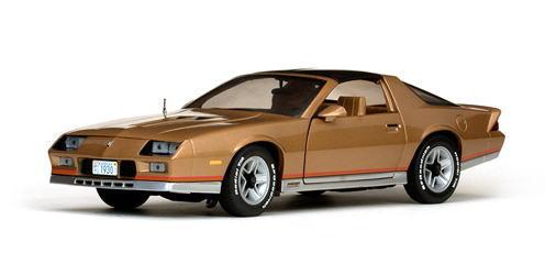 1/18 サンスター Sun Star 1982 Chevrolet Camaro Z28 Gold シボレー カマロ ミニカー アメ車