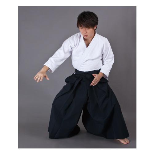 【isami イサミ オフィシャルサイト】黒・紺テトロン合気道袴 23号(160cm)、24号(165cm)、25号(170cm)