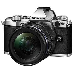 オリンパス ミラーレス一眼カメラ OM-D E-M5 Mark II「12-40mm F2.8 レンズキット」 OMDEM5MARK2・1240M(シルバー(送料無料)