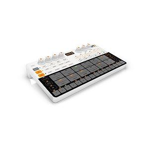 SE ELECTRONICS UNO Drum コンパクトアナログ/PCMドラムマシン 乾電池 / USB駆動 UNODrum