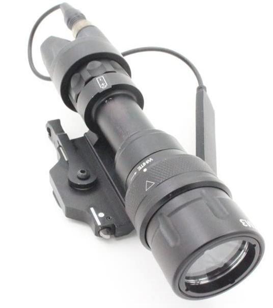 送料無料 迅速にお届け致します 正規販売店 現金特価 ELEMENET [並行輸入品] SUREFIREタイプ M952V LED ライト フラッシュ 192-BK WEAPONLIGHT タクティカル EX