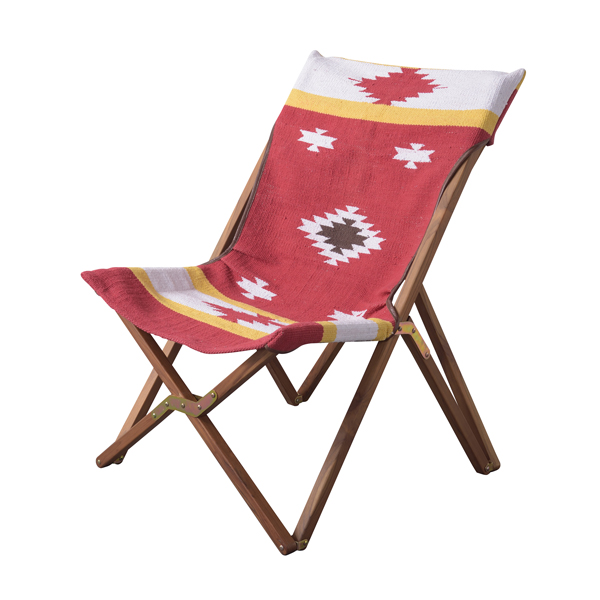 完成品 折りたたみチェアー ガーデンチェア 木製 フォールディングチェア おりたたみ いす イス 椅子 BBQ 運動会 山 海 アウトドア キャンプ ガーデンファニチャー カフェ オープンテラス バルコニー テラス 庭 ベランダ シンプル レッド