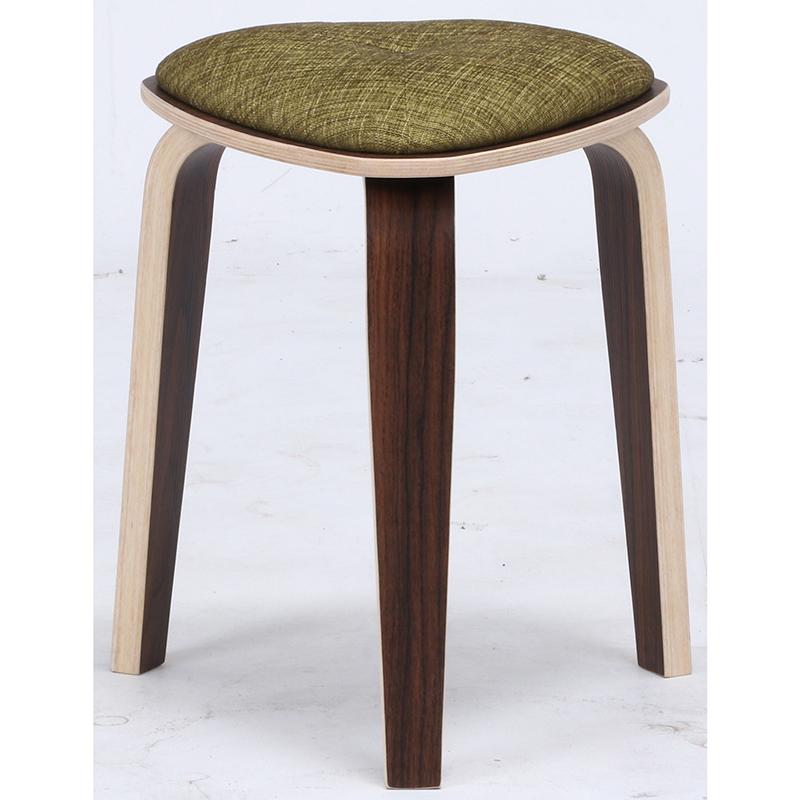 送料無料 4脚セット トライアングルスツール スツール イス 椅子 いす チェアー チェア 腰掛け 木製 会議室 リビング キッチン オフィス シンプル モダン コンパクト おしゃれ かわいい 北欧 グリーン