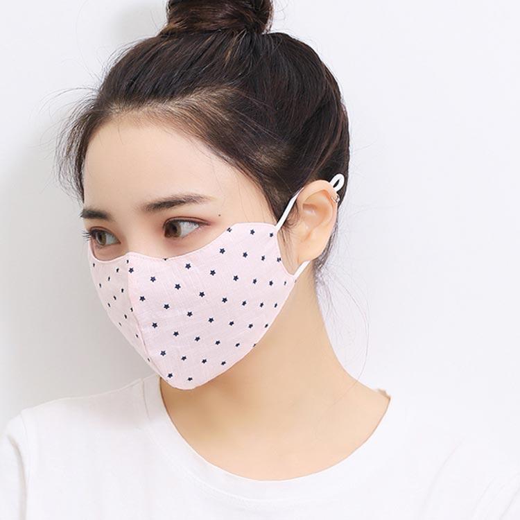ひんやり涼しい!接触冷感などで夏も快適な、洗える夏マスクのオススメは?