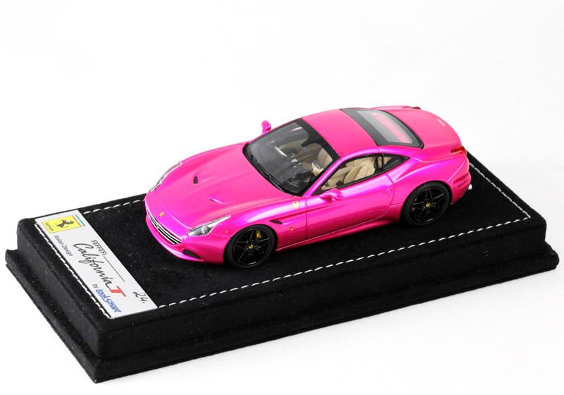 LOOKSMART(ルックスマート) 1/43完成品 LS431SC フェラーリ カリフォルニア T Flash Pink 25台限定