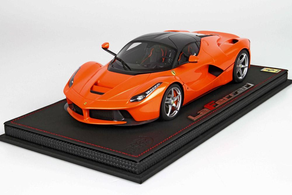 BBR 1/18完成品 P18130D ラ・フェラーリ Metal Orange /Carbon roof 24台限定 (ケース付)