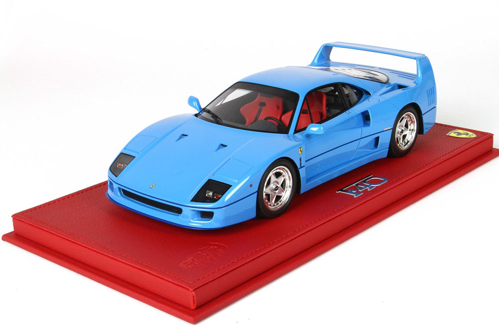 BBR 1/18完成品 P18151D フェラーリ F40 1987 ライトブルー 82台限定(ケース付)