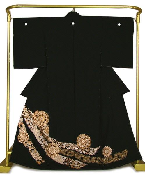 正絹 刺繍黒留袖 有職宝尽くし文 結婚式 卒業式 フォーマル 和装 着物