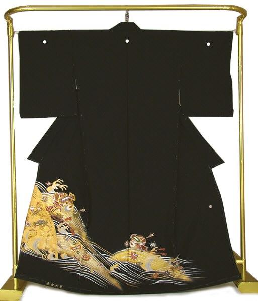 正絹 金彩黒留袖 波に宝尽くし 結婚式 卒業式 フォーマル 和装 着物