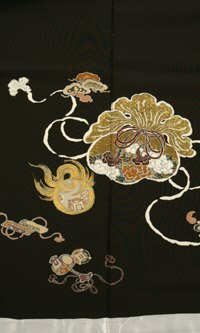 正絹 手描黒留袖 吉祥招福文 結婚式 卒業式 フォーマル 和装 着物