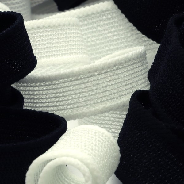通気性がよく 人気上昇中 型崩れしにくいインサイドゴム SIC メッシュインサイドベルト 20mm SHINDO 定番スタイル 30メートル巻 服飾 手芸