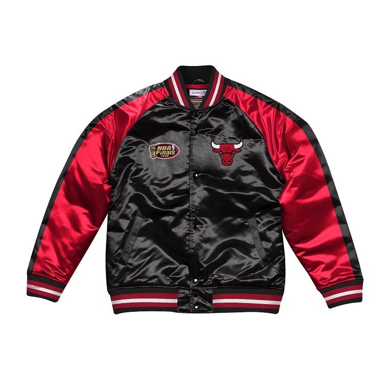 ミッチェル & ネス NBA シカゴ・ブルズ Color Blocked サテンジャケット ブラック&レッド / Mitchell & Ness Color Blocked Satin Jacket Chicago Bulls Black / Red