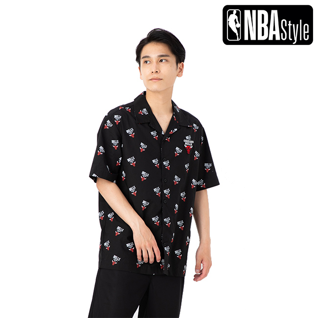 【NBA Style】 Chicago Bulls チームロゴパターン ボタンダウンシャツ ユニセックス / シカゴ・ブルズ