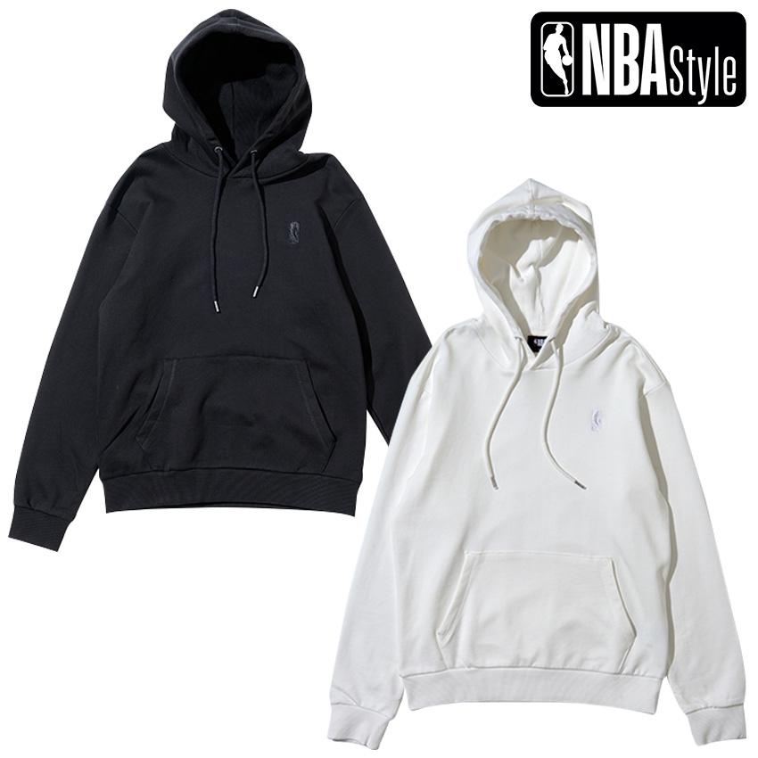 限定 NBA公式ライフスタイルアパレル NBA Style 2021 アイボリー SS 毎日続々入荷 ロゴマン ブラック 人気ブランド多数対象 プルオーバーフーディー