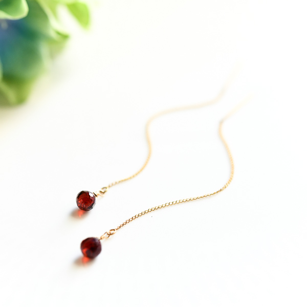 4cd9a5894 Symbol love accomplishment onion garnet crimson American pierced earrings  January stone amulet for an easy delivery