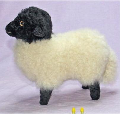 羊 サフォーク ぬいぐるみ ハンドメード オリジナル ひつじ ギフト 毛皮 清水 拓司作 クリスマスギフト プレゼント