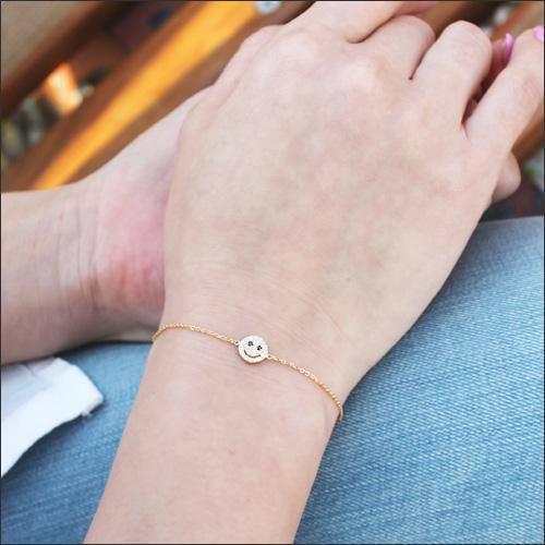 K18 스마일 기틀 다이아몬드 팔찌 ◆ 다이아몬드로 깔아 진 키 라 멸 니코 다이아몬드 팔찌 다이아몬드 bracelet 골드 18k 18 금 스마일 05P10Jan15