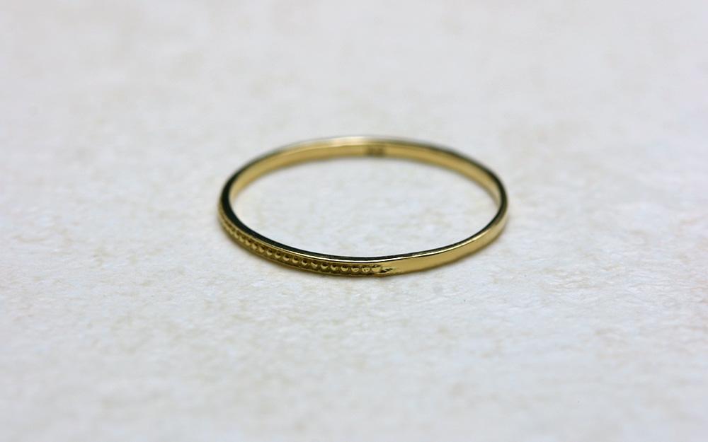 18金 指輪 ピンキーリング 18k K18 K18 ゴールド リング 1万円以下 リング ラパポート まるで肌の一部のような極細のリングは、重ね付けにとてもステキ 地金 代引不可 ストーリー