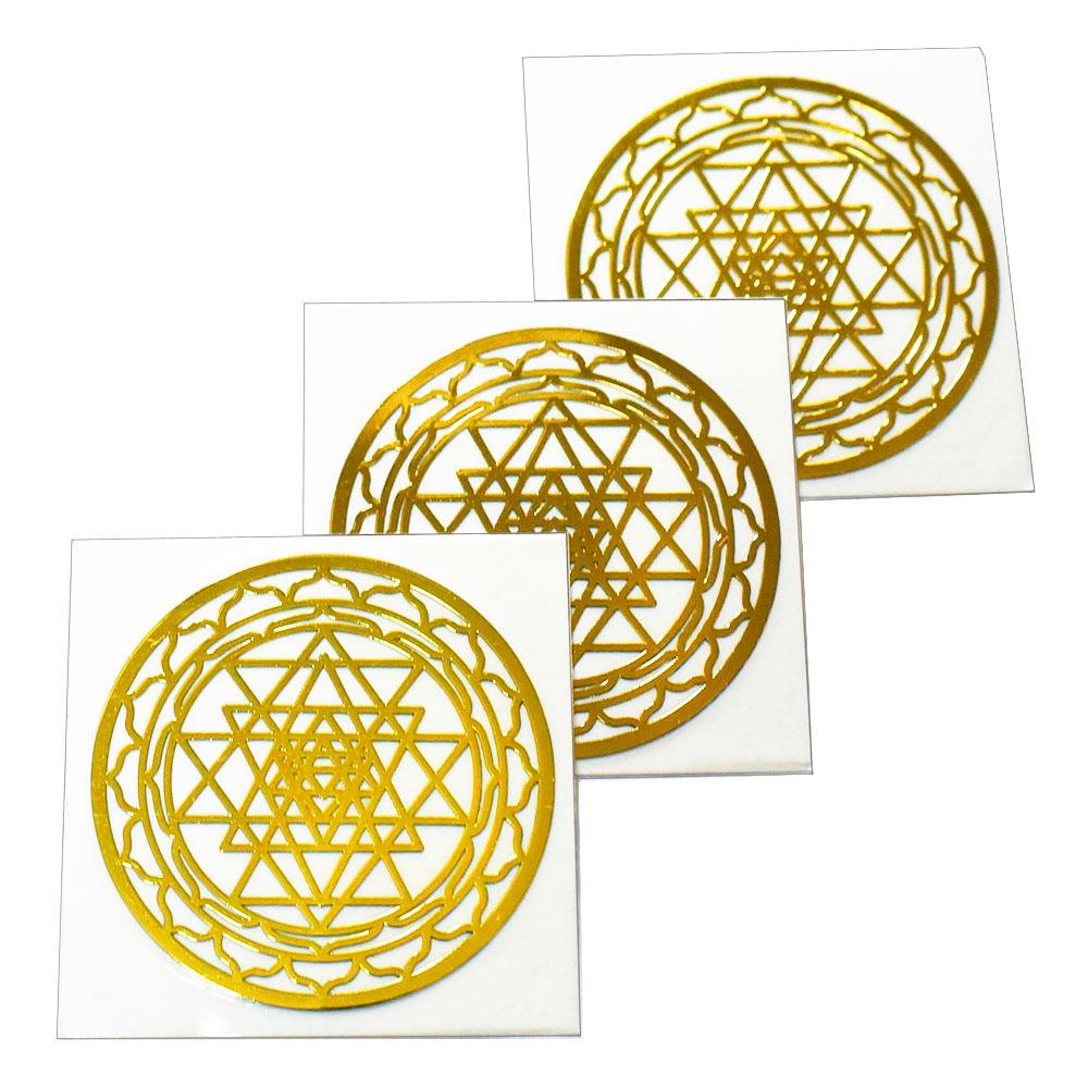 メール便可 人気の幾何学模様メタル素材カッティングステッカー チベット密教 定価の67%OFF 曼荼羅 マンダラ シュリヤントラ 吉祥曼荼羅 金色 ステッカー メタル 幾何学模様 メール便対応可 金属 激安☆超特価 直径:3cm 3枚セット