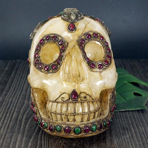 【一点物】チベット密教 チベタンスカル(骸骨) ヒマラヤ水晶(カンチェンジュンガ産) 置物 2.6kg|ルビー|エメラルド|西蔵【送料無料】