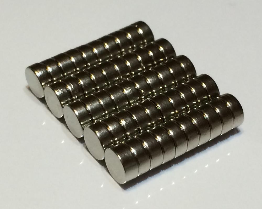 ネオジム磁石φ15mm×10mm(N35) 50個セットネオジウム 超強力 マグネット 強力磁石 永久磁石 いろいろ使えますリール改造・燃費アップ・フィギア・プラモデル・日曜大工・工作・DIY・紙留め・実験・手品・鳩よけ・手芸
