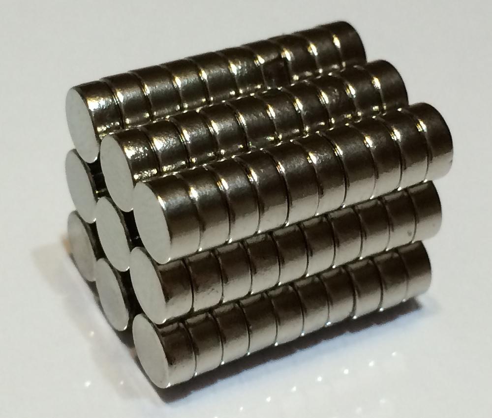 ネオジム磁石φ12.7mm×6.4mm(N35) 90個セットネオジウム 超強力 マグネット 強力磁石 永久磁石 いろいろ使えますリール改造・燃費アップ・フィギア・プラモデル・日曜大工・工作・DIY・紙留め・実験・手品・鳩よけ・手芸