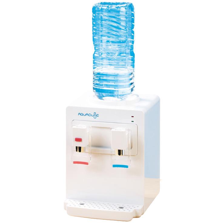 送料無料 卓上ウォーターサーバー AQUACUBE アクアキューブ コンパクト 冷水 飲料用 温水 コーヒー ポット レバー 上品 お茶 代引不可 装着可能 約85~95度 2Lペットボトル 注目ブランド 寝室 安全機能 オフィス