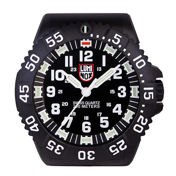 ルミノックス 腕時計風 LED発光 掛け時計 WALL-CLOCK-BIG40 ブラック【送料無料】