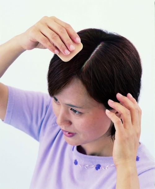 頭皮+髪用ファンデーション ダークブラウン/72点入り(代引き不可)【送料無料】【S1】