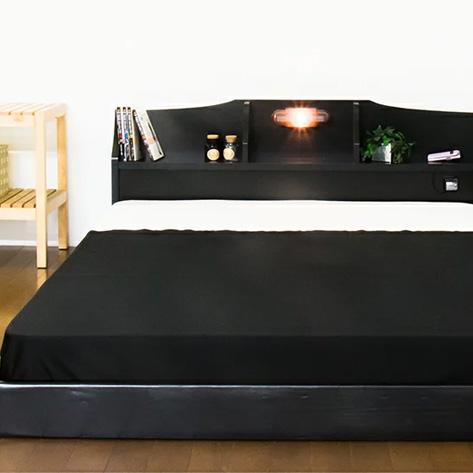 ベッド セミダブル 棚 照明 コンセント付き ロータイプ フロアベッド 二つ折りポケットコイルマットレス付(代引不可)【送料無料】【S1】