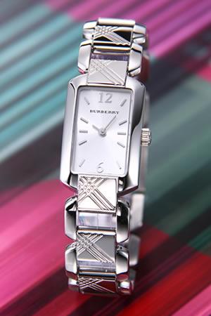バーバリー BURBERRY 腕時計 シルバー ブレスウォッチ レディス BU4211【ポイント10倍】