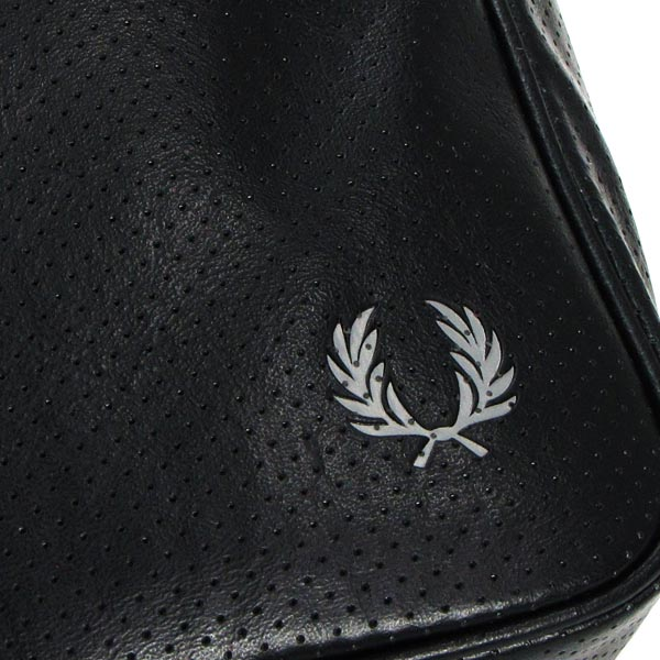 Fred Perry FRED PERRY挎包L2132 PERFORATED SHOULDER BAG BLACK BK