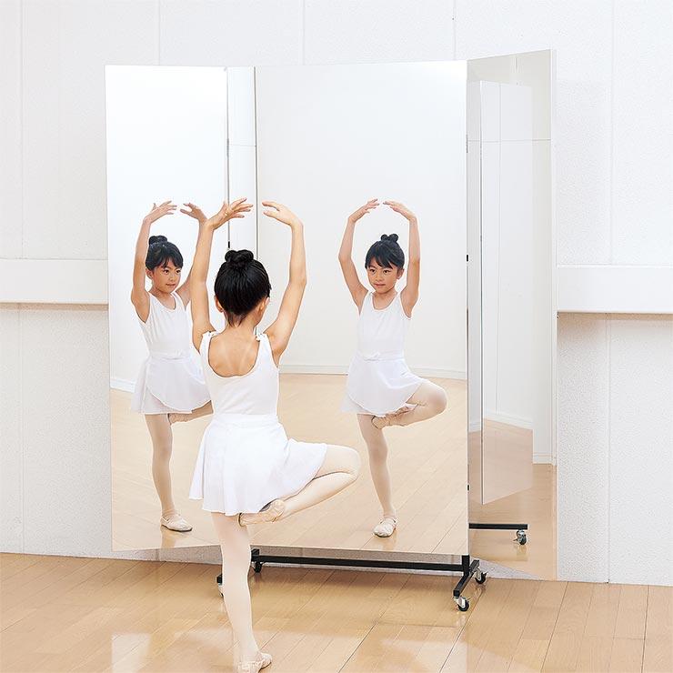 【割れないミラー】 移動式スポーツミラーR型 三面鏡90cm(45+45)×180cm 幅90(45+45)×高さ180×厚さ24(2枚合せ48)cm 鏡 姿見(代引不可)【送料無料】