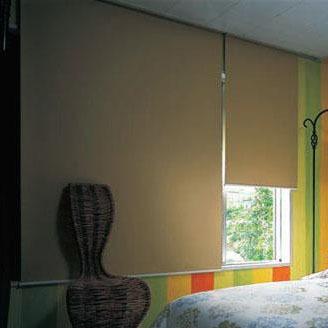 タチカワ TIORIOティオリオ ロールスクリーン遮光2級180×220cm TR-505・アイボリー(代引き不可)