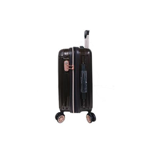 edaba98fda TSAロック搭載ダブルキャスターで安定の走行マチが広がるので、荷物が増えても安心! 無償受託荷物対応サイズ